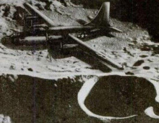 月球是外星人的基地 月球上的二战飞机就是劫持的证据87 / 作者:伤我心太深 / 帖子ID:22657