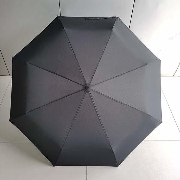 雨伞生产厂家的折叠方法